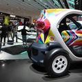 La renault twizy électrique s'expose au mondial de l'automobile