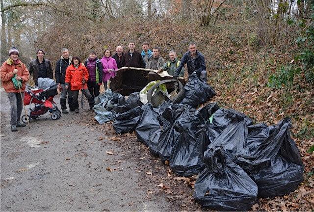une partie des déchets rassemblés chemin des vignes le 12 février 2017