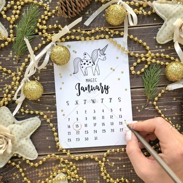 stock-photo-wood-gold-calendar-background-magic-unicorn-cozy-new-year-january-3982d420-22b0-497d-bc59-5ca37f9a1566