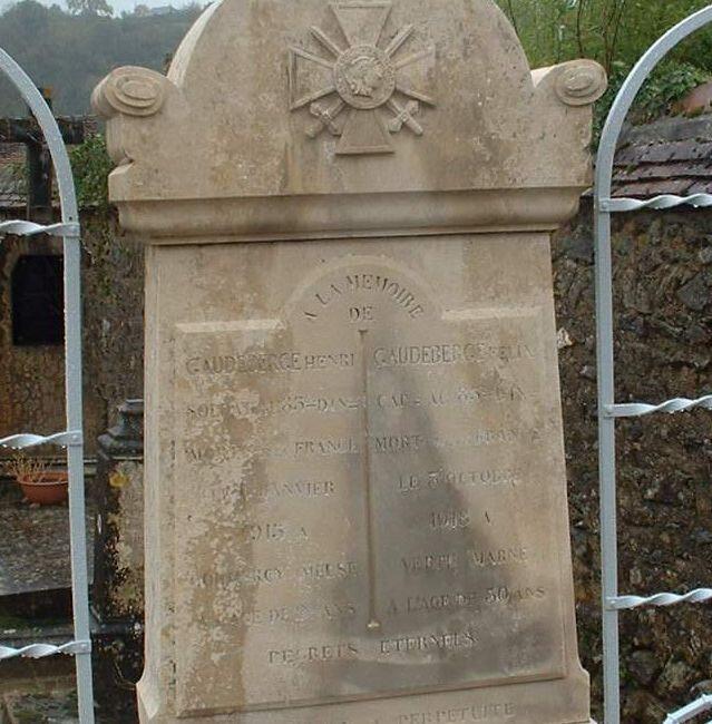 Monument lepin CarréMilitaire 2_1