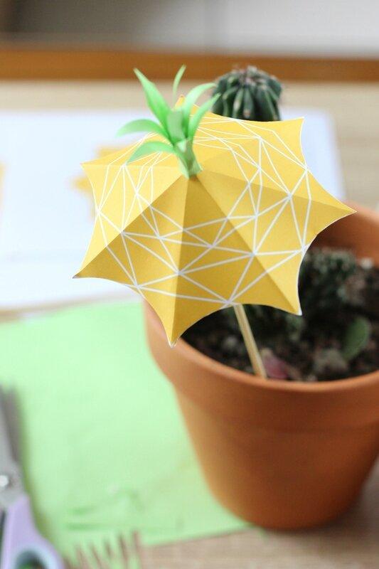 projet-diy-ananas-mymy-cracra-pineapple-umbrella