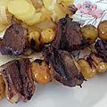 Brochettes de canard teriyaki aux mirabelles
