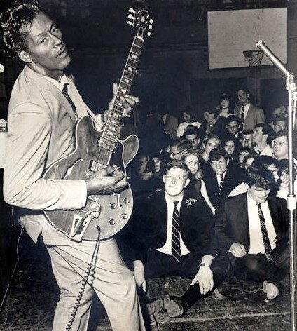 Chuck_Berry_Performing_Before_White_Audience