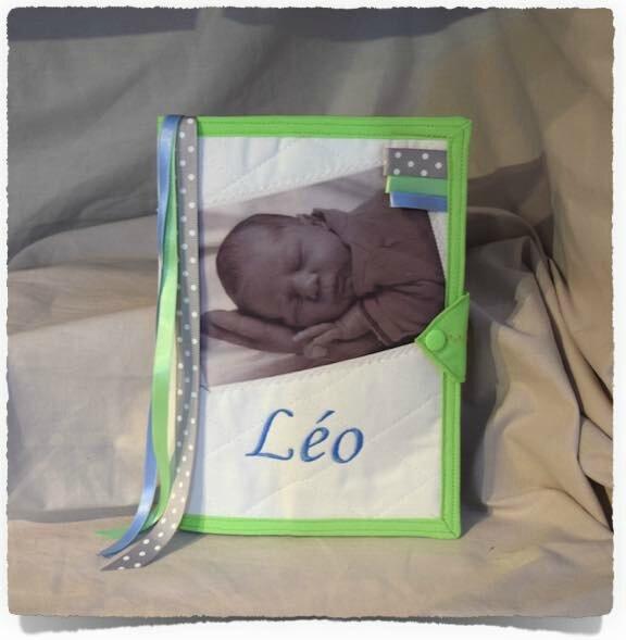 Protège carnet de santé PHOTO BEBE Personnalisé LEO