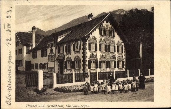 Ak-Oberammergau-in-Oberbayern-Blick-auf-das-Haensel-und-Gretel-Heim