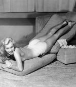 1948-by_earl_moran-knickers_white-mattress-2-2