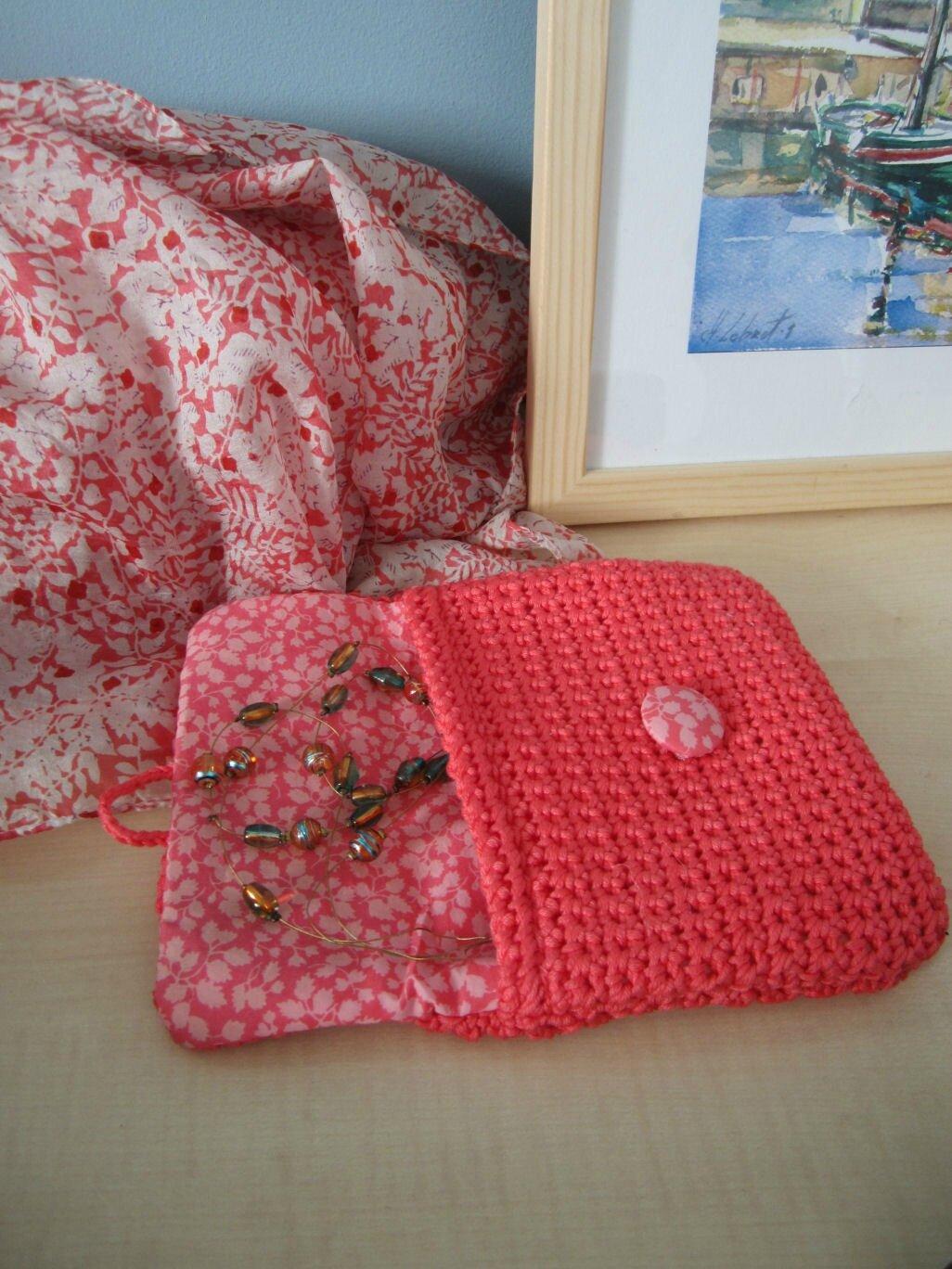 pochette-crochet-corail