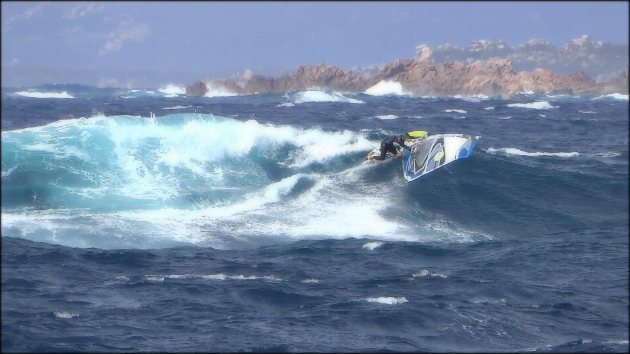 FRENCH SURF ET TAILLES DE VAGUES !...