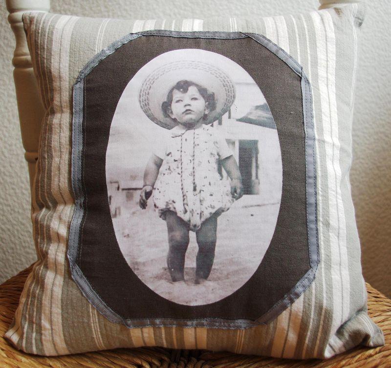 Cousssin 40x40cm toile matelas petite fille VENDU