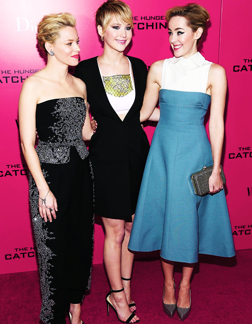 La-parenthese-doree-jennifer-lawrence-hunger-games-l'embrasement-catching-fire-avant-premiere-new-york-03