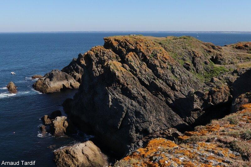 00695 Guidel - L'Ile de Groix - De la Pointe de Pen-Men au Sémaphore de Beg Melen