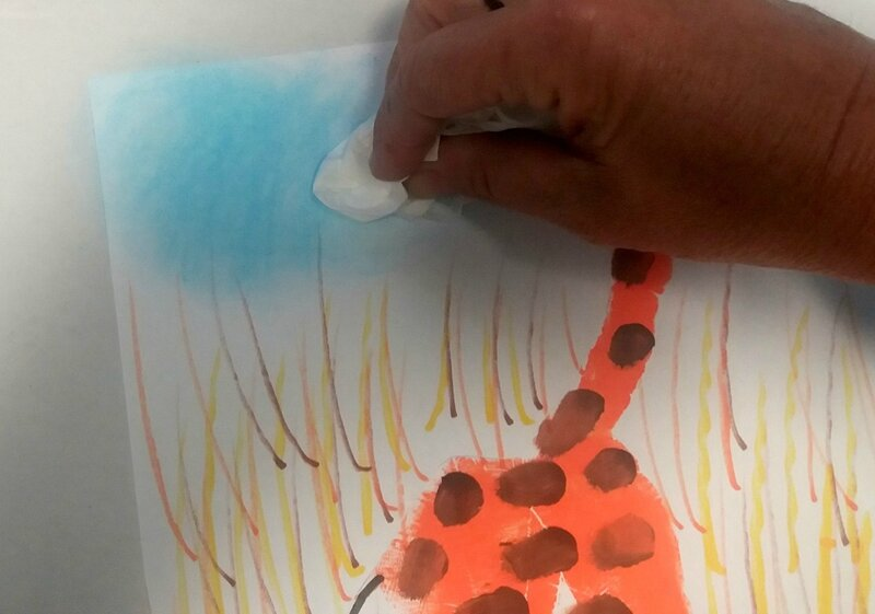 219_Afrique_Une girafe dans la main (59)