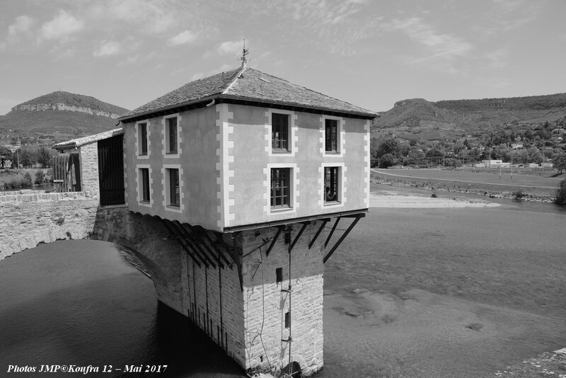 b Photos JMP©Koufra 12 - Millau - 05052017 - 065