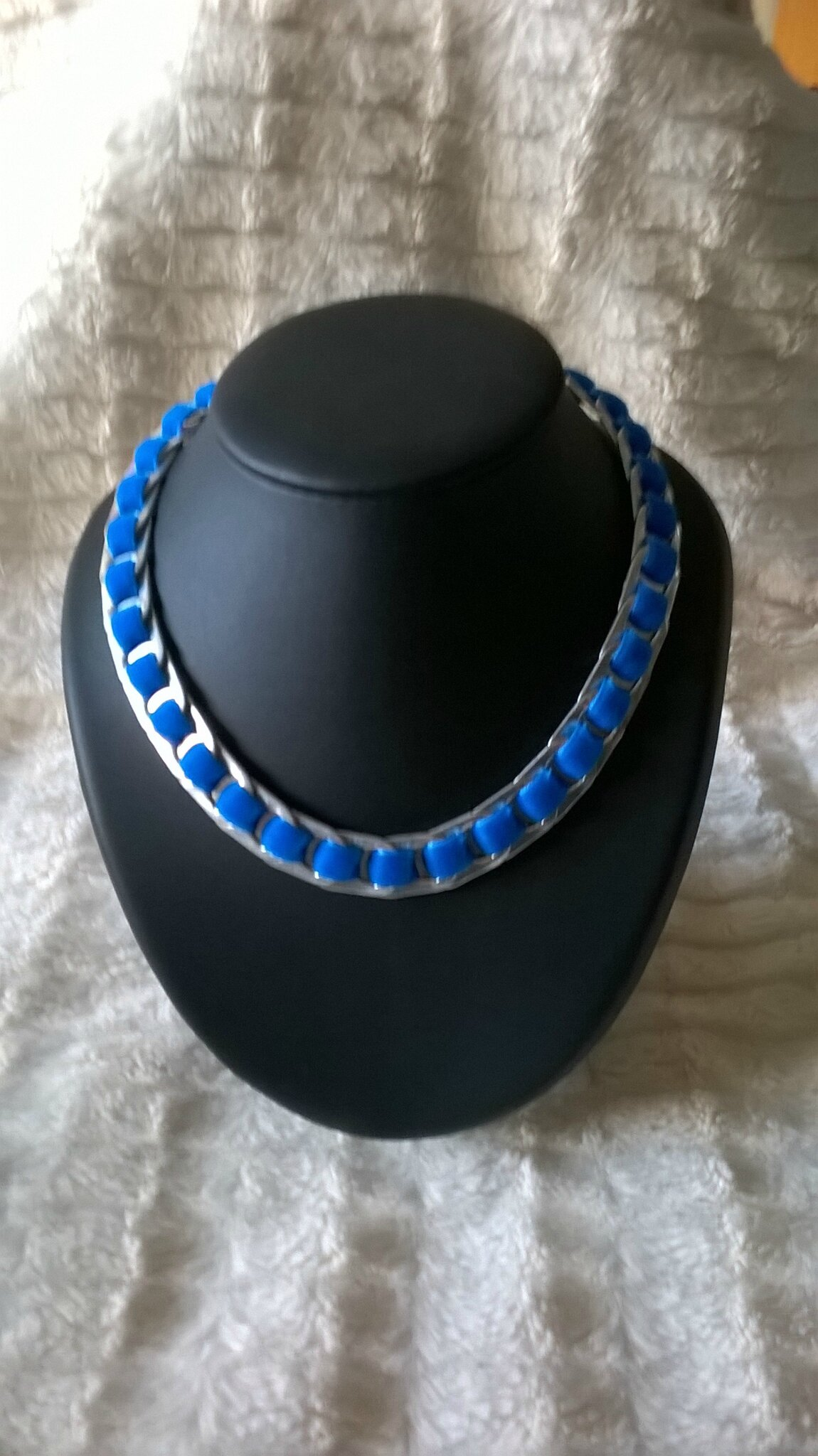 collier ruban velour bleu