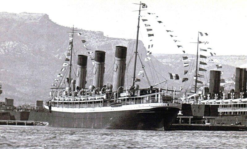 Le Burdigala dans sa livrée définitive à Toulon (1914 ?)