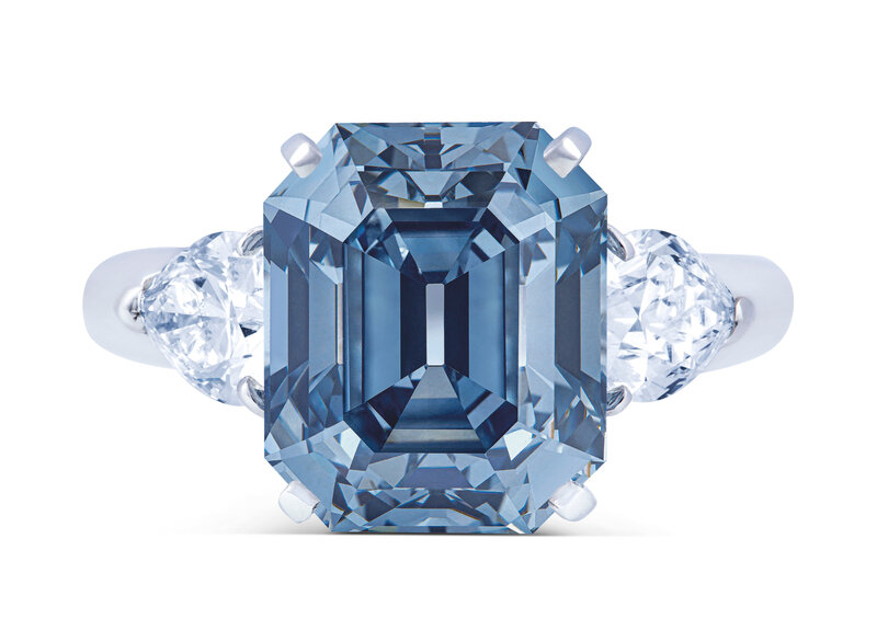 2019_GNV_17436_0246_007(exceptional_coloured_diamond_and_diamond_ring_moussaieff)