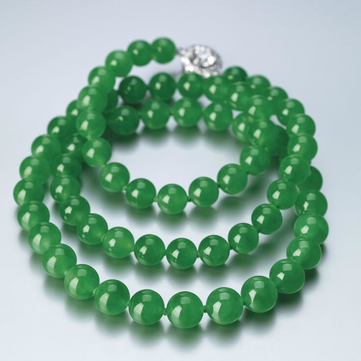 Exceptional Jadeite Bead and Diamond Necklace2