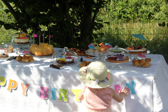 summer_party_sweet_table