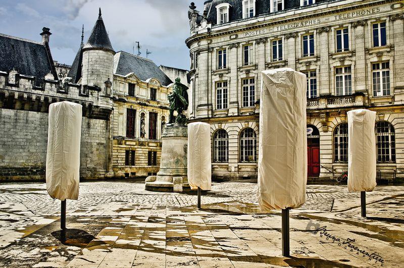 La_Rochelle__Rue_de_l_Hotel_de_ville