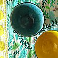 Bols polis et couleurs d'émail