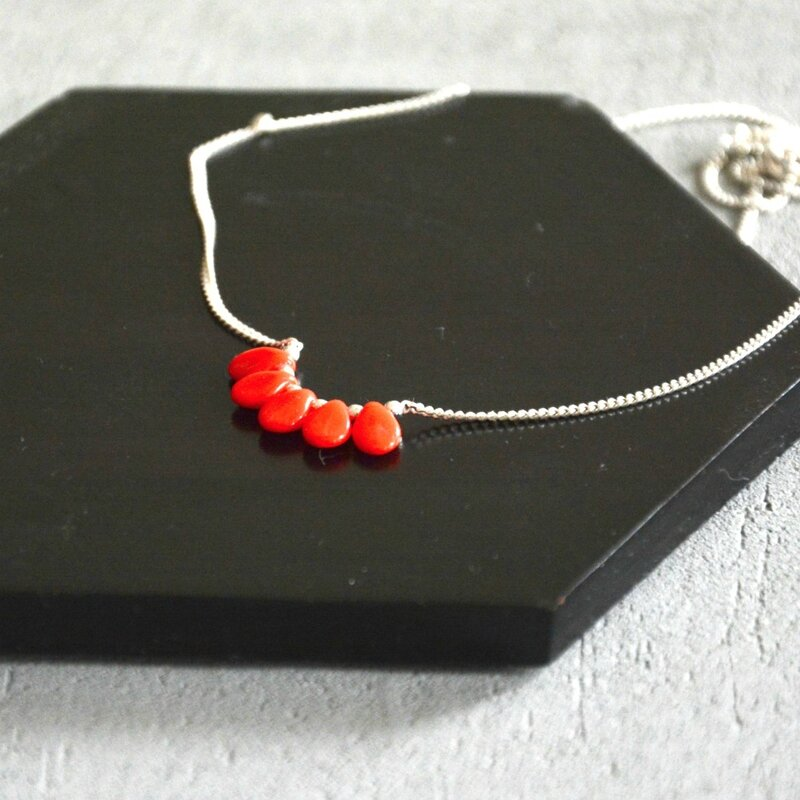 collier rouge japon
