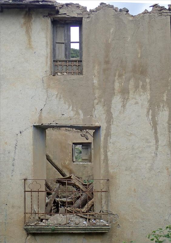 Aragon Escalona sentier Muro de Bellos 020618 26 village abandonné