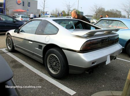 Pontiac fiero GT (Rencard burger king avril 2012) 02