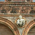 52 - MILAN Ospedale maggiore - detail de sculpture - panoramio FCC
