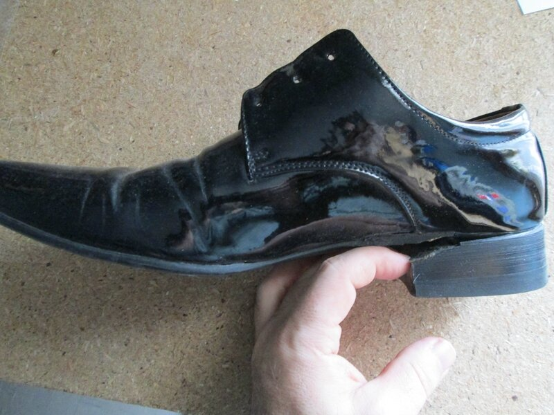 Chaussures, sapins 010