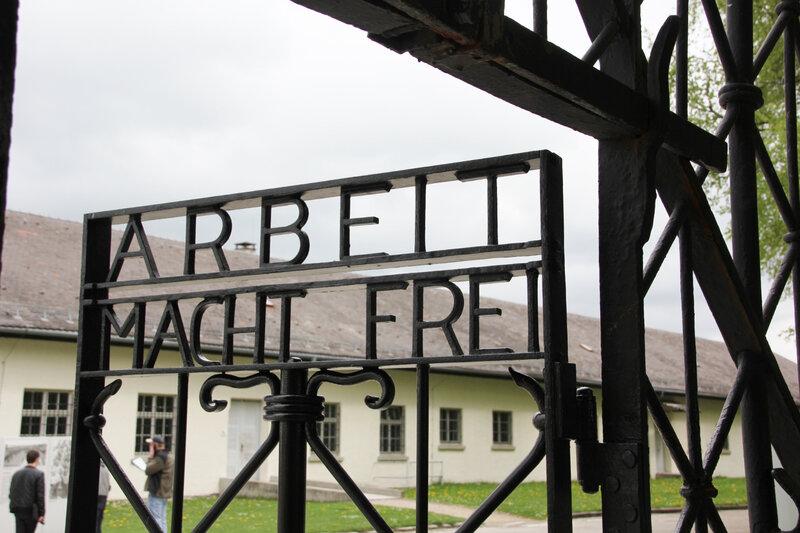 13-Isabelle Dachau