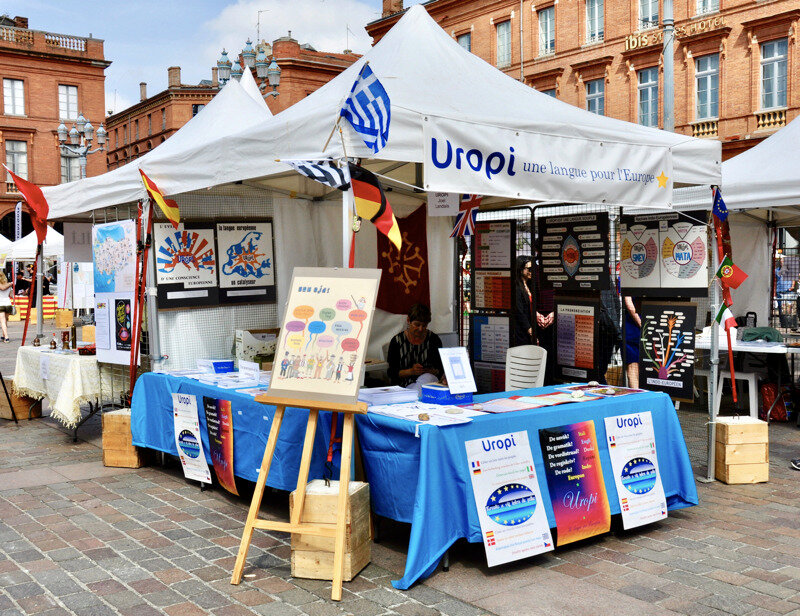 Uropi: World's Languages Forum in Toulouse (English)