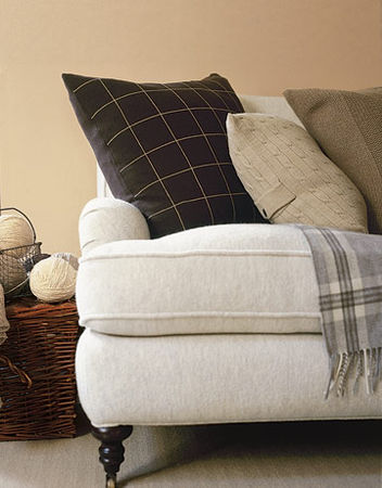Couch_upholstery_pillows_brown_GTL1105_de