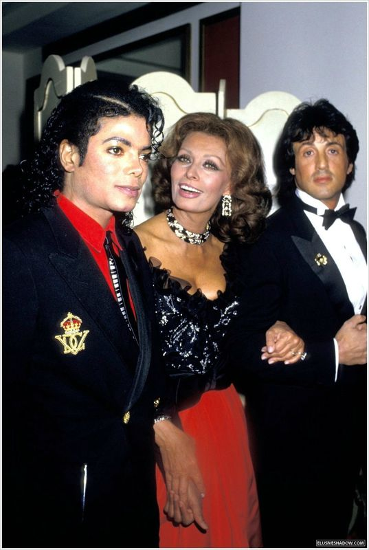 michael-jackson-cinema-awards-02[1]