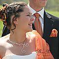 Mariage en automne : collier argenté avec perles oranges