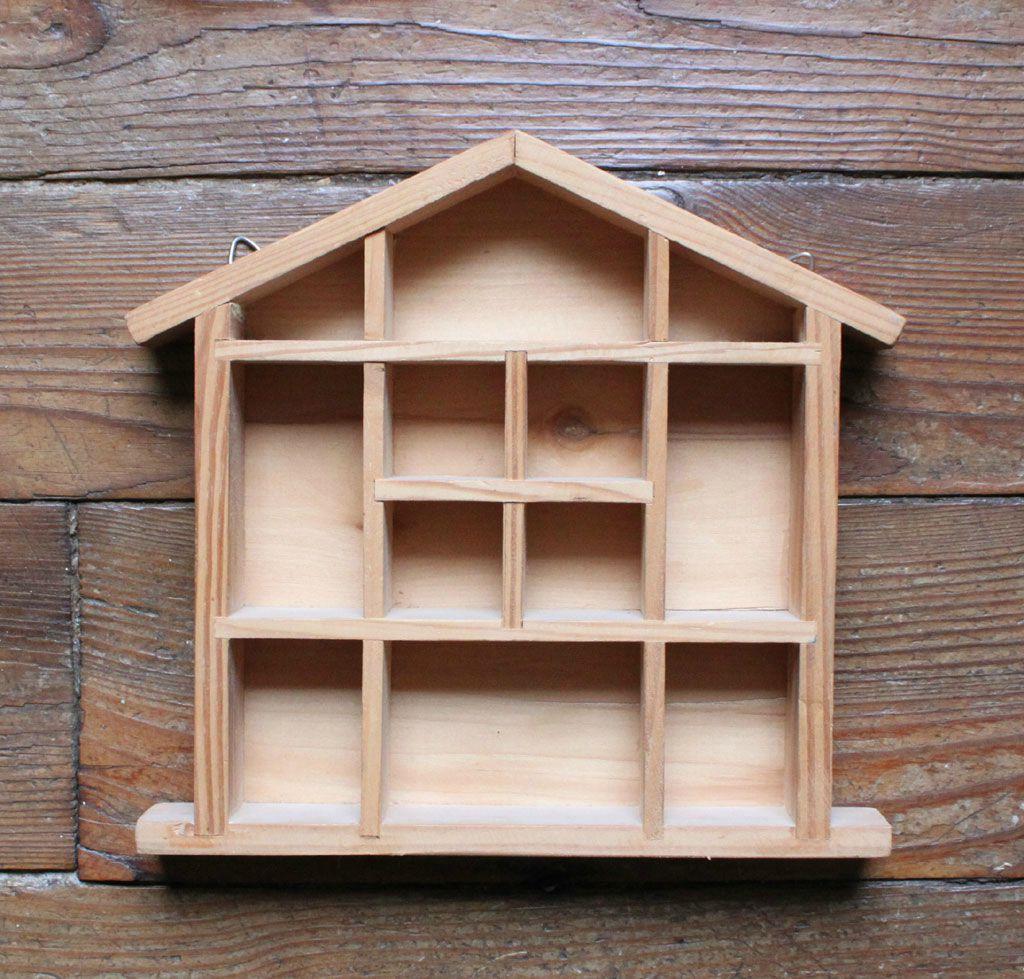 1 petite maison en bois vie d 39 puce. Black Bedroom Furniture Sets. Home Design Ideas