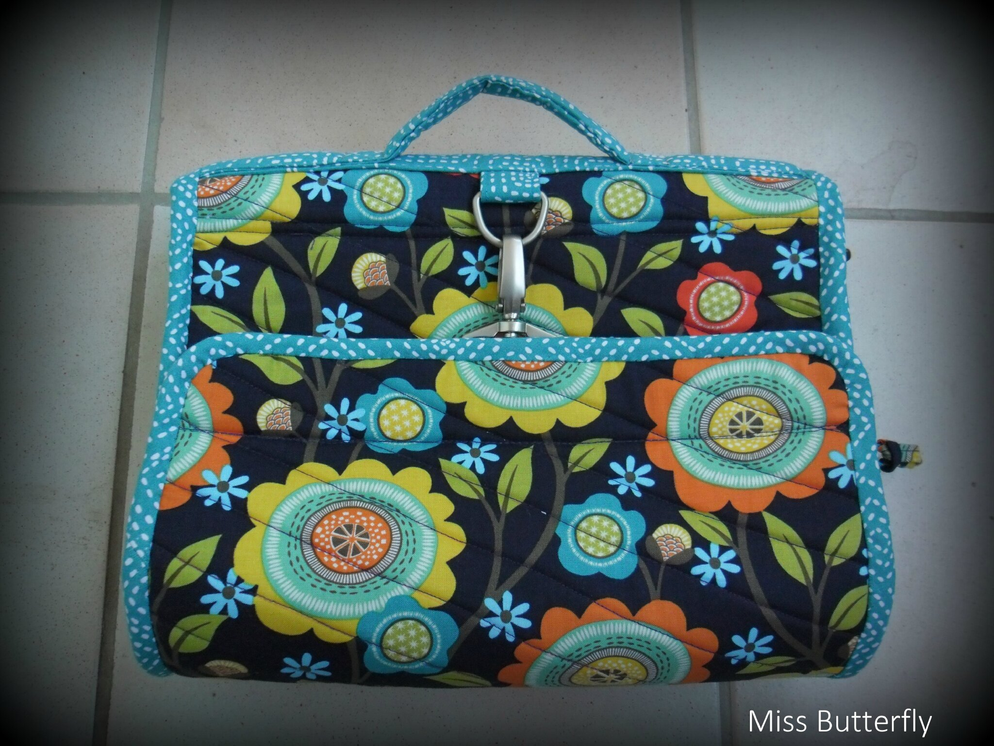 Hanging cosmetic bag-miss butterfly
