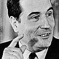 1971 - francois mitterrand devient l'espoir du parti socialiste