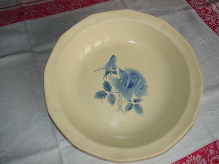 Plat creux Rose bleue Digoin 26,5 cm