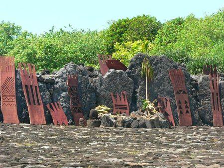 39- Sculptures en bois du marae Taputapuatea