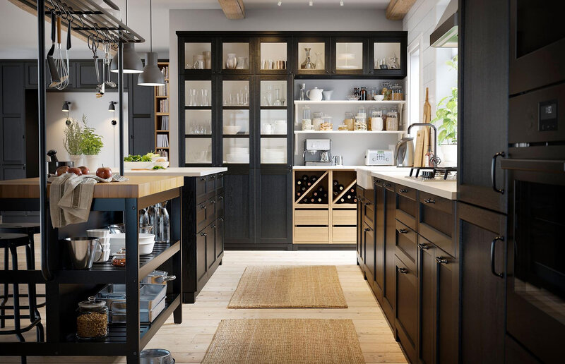 374e7826-df78-47f8-8100-4eb70aa49956-11-big-family-ikea-kitchen