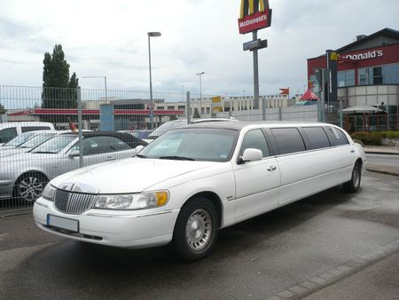 LINCOLN Town Car Signature series limousine Kehl am Rhein (1)