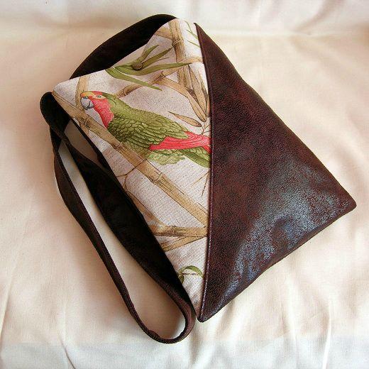 Clocréations-sac perroquet