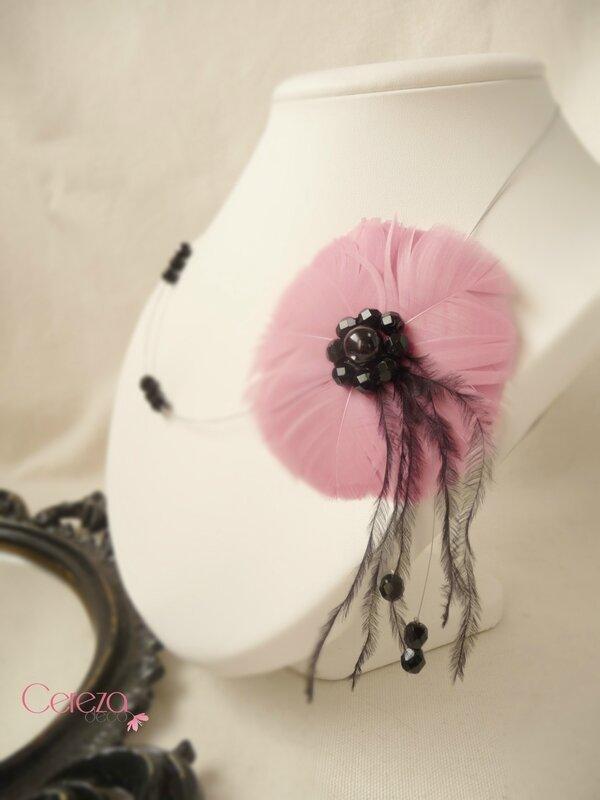 collier mariée fleur de plumes vieux rose noir perles cereza deco 17