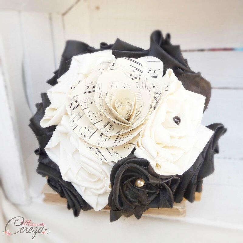 bouquet-mariage-theme-musique-noir-ivoire-partition-mademoiselle-cereza-1
