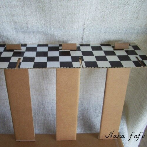 etagere-carton-stand-assemblage2