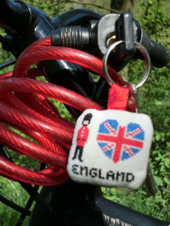 free - 2011-04-18- I love England (devant)