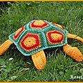 Un doudou tortue au crochet