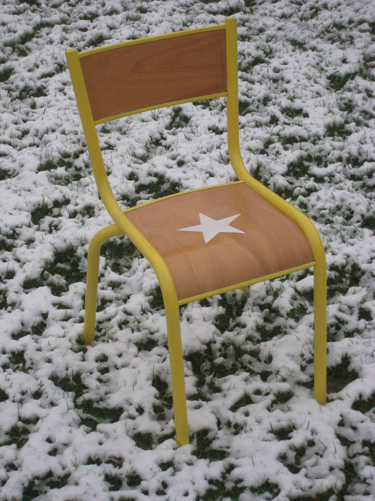 Chaise d'écolier 45 €