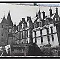Loches - façade orientale et tour Agnés Sorel