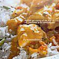 Poulet curry et lait de coco, riz à la cardamome